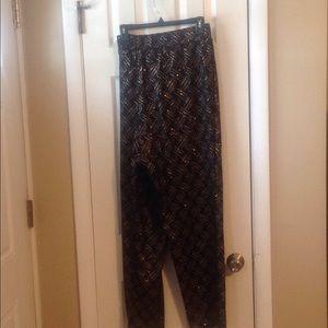 Ashley Stewart black and gold pant